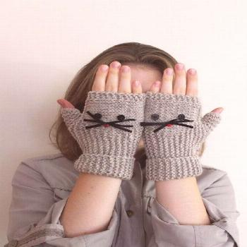 Items similar to Beige Cat Gloves, Knit Winter Gloves, Driving Gloves Women, Women Texting Mittens,